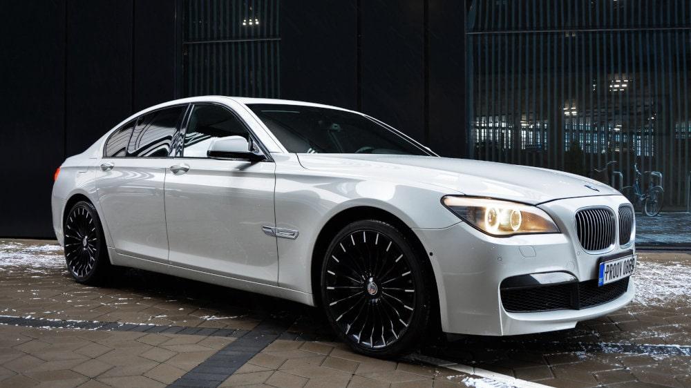 BMW 740i M